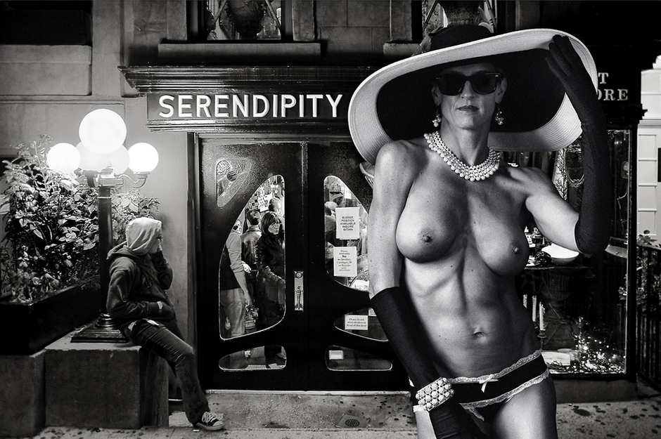 Serendipity, NYC | Lens model not set <br> Click image for more details, Click <b>X</b> on top right of image to close