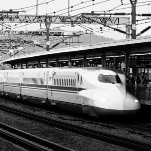 Bullet Train | Zeiss ZE Makro-Planar T* f2.0 100mm <br> Click image for more details, Click <b>X</b> on top right of image to close