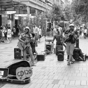 Buskers | Elmarit 24 mm f2.8 Asph. <br> Click image for more details, Click <b>X</b> on top right of image to close