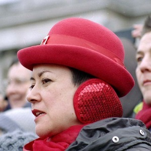 Lady in Red, Trafalgar Square | Pentax 100-300mm f4.5-5.6 SMC  <br> Click image for more details, Click <b>X</b> on top right of image to close