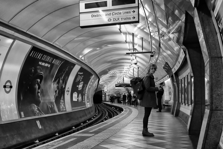 Bank Station Central Line 3 | Zeiss Zeiss Sonnar T* 35mm f2 <br> Click image for more details, Click <b>X</b> on top right of image to close